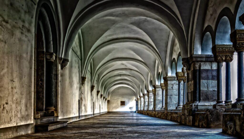 monastery-3130879